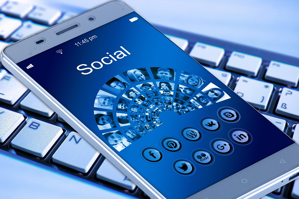 How to Use Social Commerce to Maximize the Results of Your Social Media Marketing